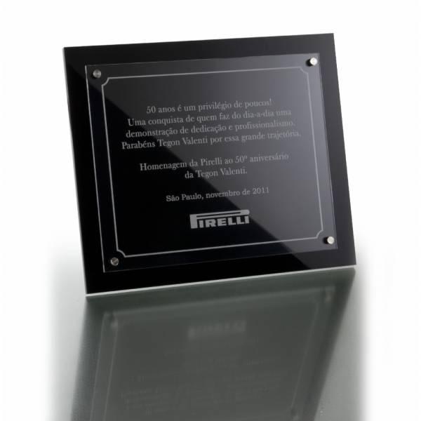 Corte e Gravação a Laser em Placas de Metal no Jardim do Campo - Porta Recado com Gravação Digital