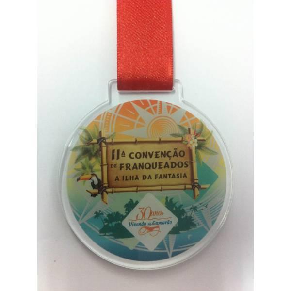 Medalha Acrílica no Conjunto Promorar Raposo Tavares - Chaveiros em Acrílico