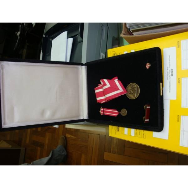 Medalha Personalizada Ou em Acrílico Valor na Chácara Nossa Senhora Aparecida - Medalhas em Acrílico