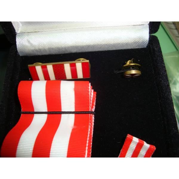 Medalhas Comemorativas Ver Fotos na Chácara do Rosário - Medalhas em Acrílico