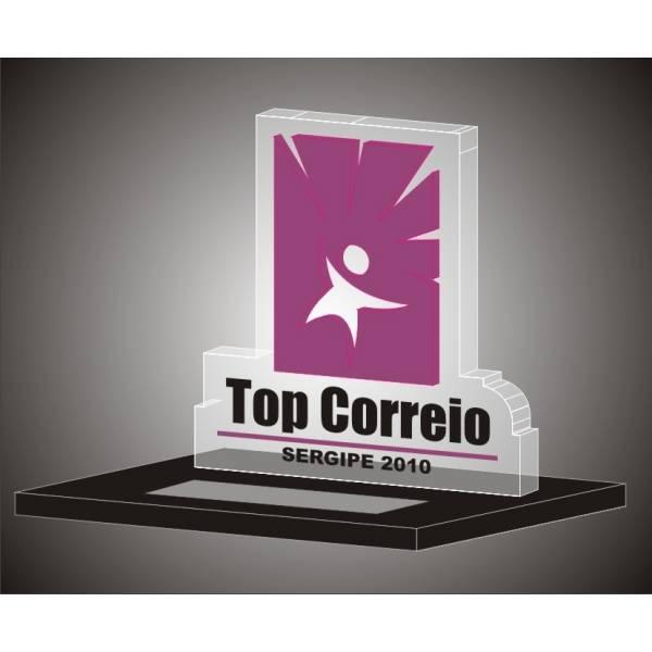 Troféu com Gravação Digital UV na Vila Tiradentes - Troféus e Placas de Homenagem