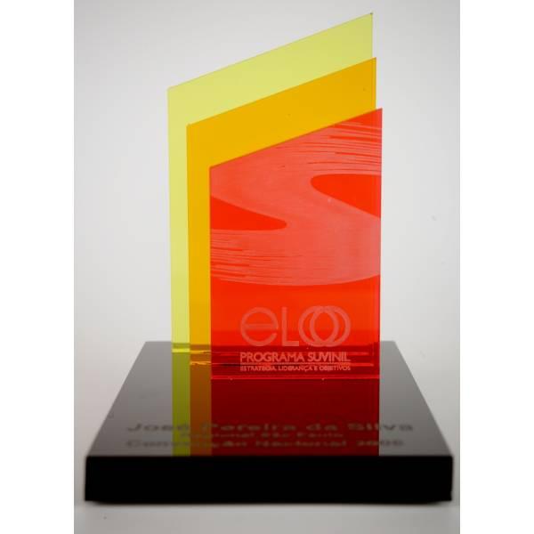 Troféu e Placa em Acrílico na Chácara São João - Placas em Acrílico com Gravação Digital UV