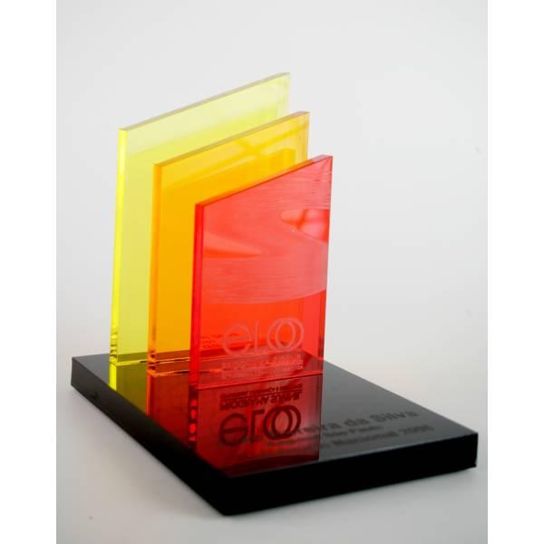 Troféu e Placa em Acrílico Preço no Jardim Orbam - Placas em Acrílico com Gravação Digital UV