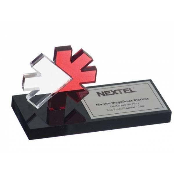Troféu em Acrílico e Aço na Vila Nívea - Troféu Personalizado