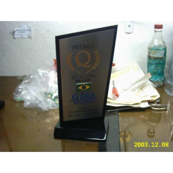 Troféu Personalizado com Preço Acessível no Jardim Samara - Troféu com Corte a Laser